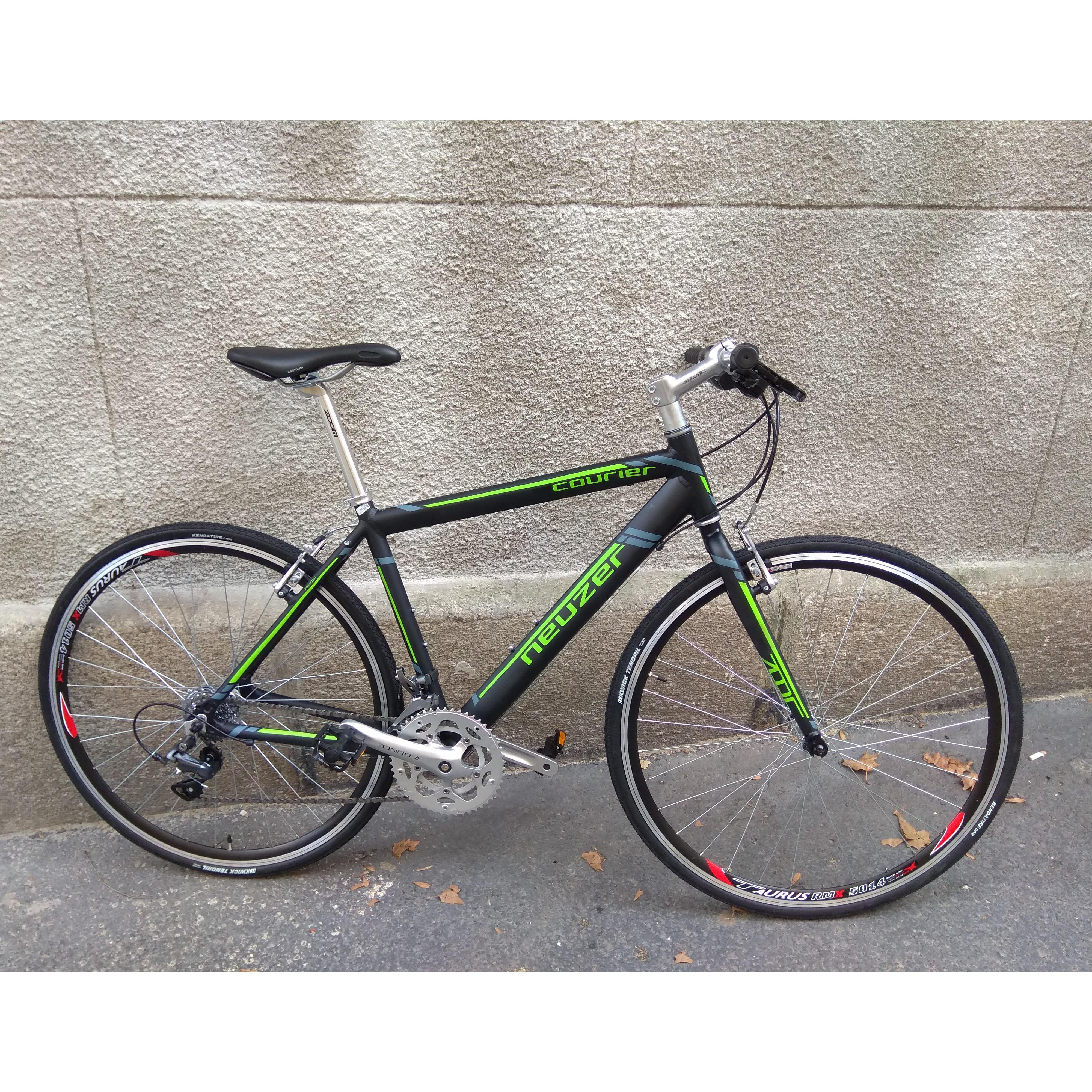 Neuzet Courier dt 2019 zöld fekete fitness kerékpár